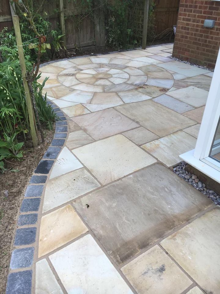 Bespoke paving design in Milton Keynes