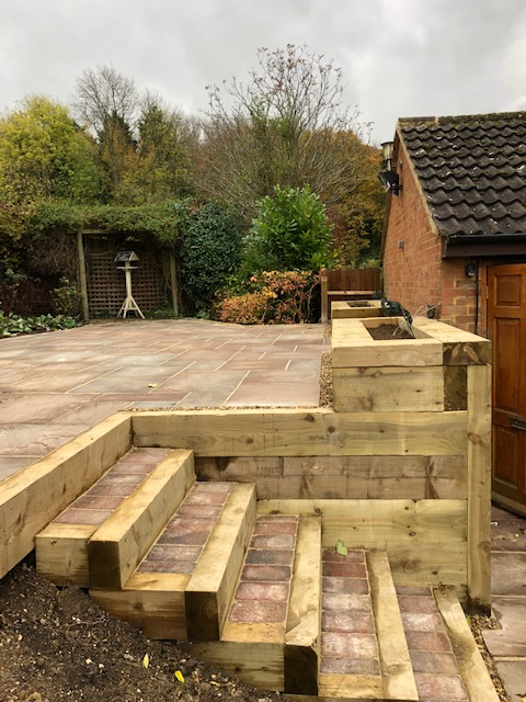 Decking experts in bedfordshire